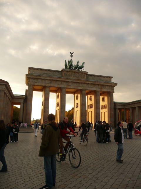 Lagi Brandenburg Gate!