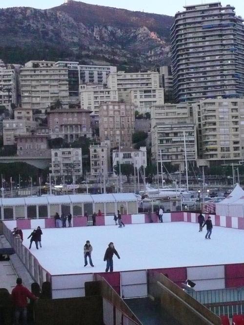 Ice Skating d Winter!